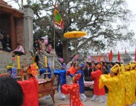 Vietnam Festivals - Con Temple Festival