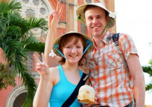 Vietnam sees increase in foreign tourists in September