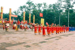 Lam Kinh Festival take place in Thanh Hoa province