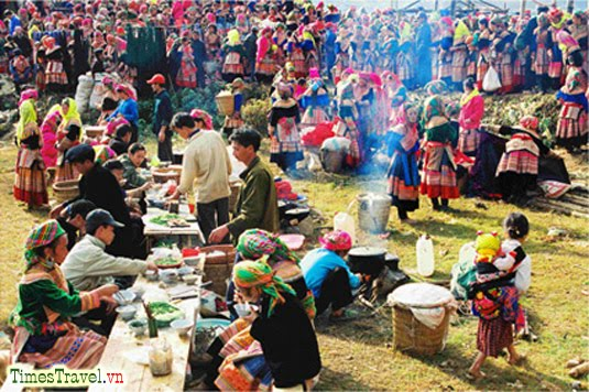 Bac Ha market – special cultural feature in Lao Cai-1